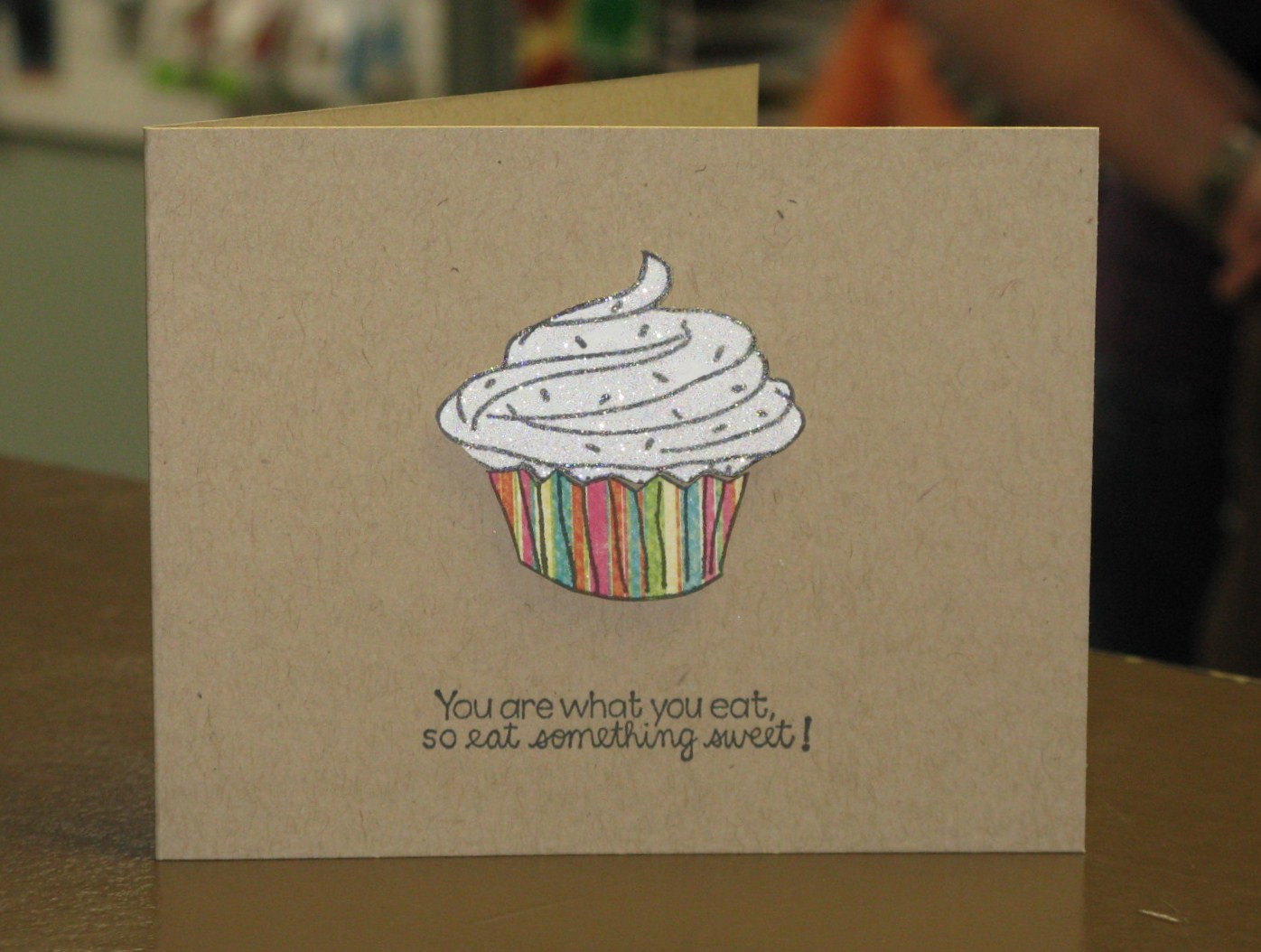 Cupcake Bonanza – Cupcake Valentine Card